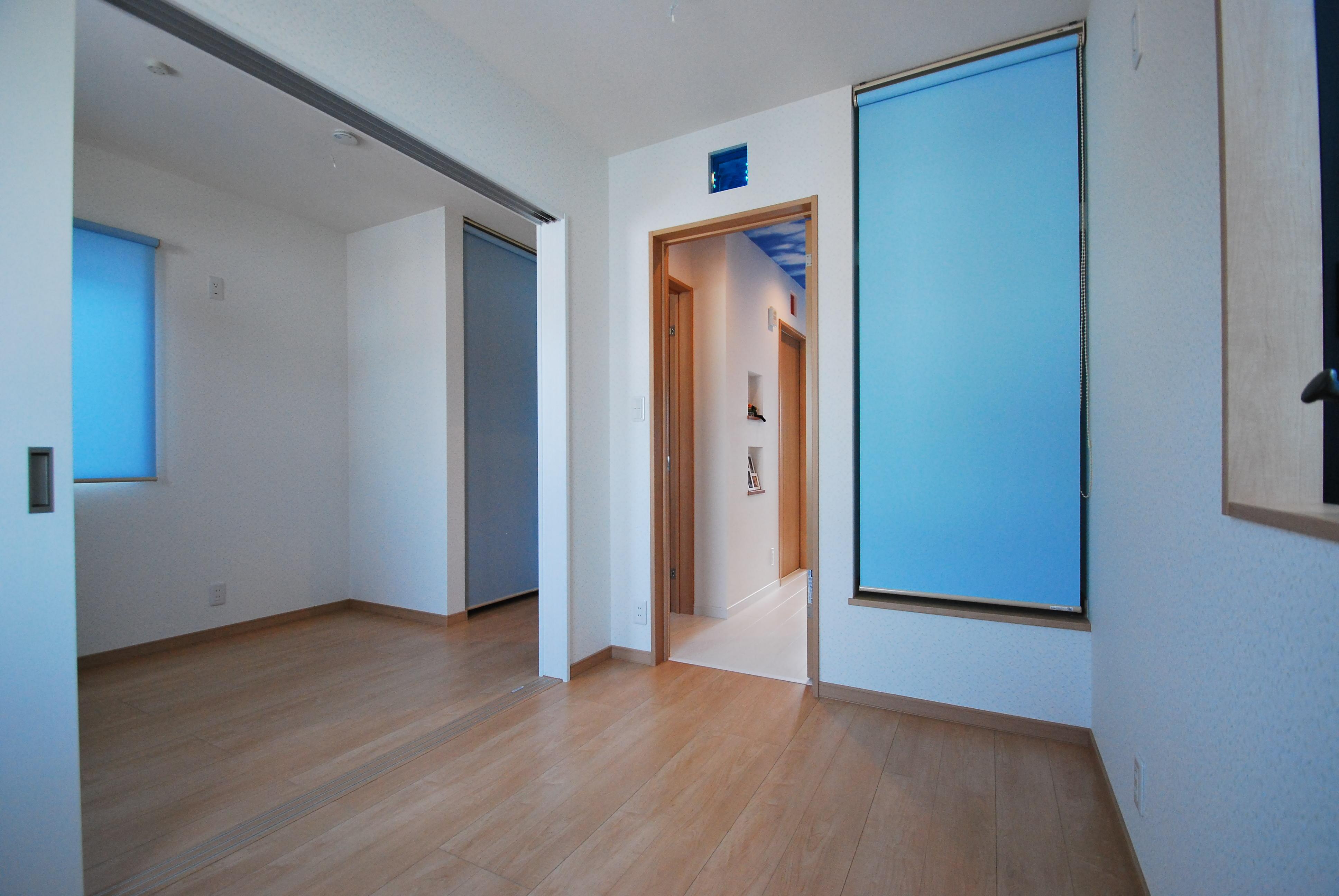 お風呂の色合いも少し変えたい、子供部屋のクロスも各部屋全て違う模様へ変更・・・